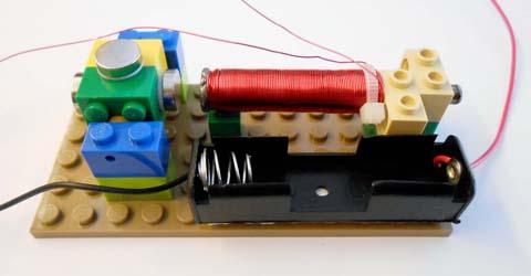 Battery holder on base plate