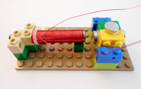 Electromagnet on base plate